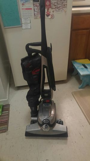 Kirby Avalir Vacuum for Sale in Maryland Heights, MO
