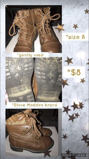 Toddler girl boots- size 8 for Sale in Hattiesburg, MS
