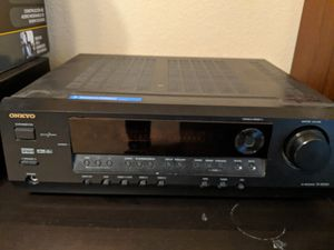 Onkyo Receiver + Sony Tower Speakers for Sale in Round Rock, TX