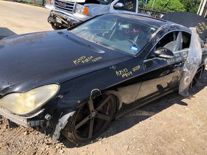 2008 MERCEDES CLS550 FOR PARTS PARA PARTES for Sale in Houston, TX