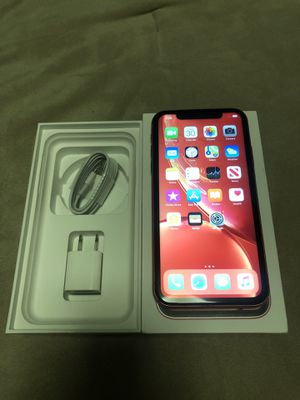 Apple iPhone XR 64gb AT&T Carrier Like New for Sale in Auburn, WA