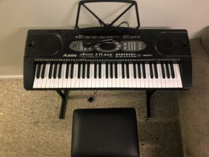 61 Key Portable Keyboard for Sale in Davenport, IA