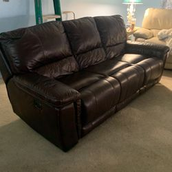 Electric Brown Leather Sofa for Sale in Plant City,  FL