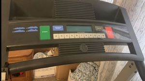 treadmill. He's in good condition for Sale in Las Vegas, NV