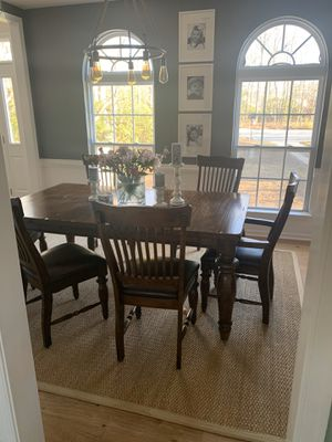 Haverty's Formal Dining Room Table for Sale in Virginia Beach, VA