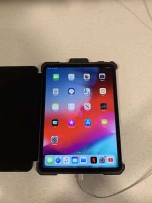 Brand new IPad Pro with Zagg blu tooth key board and case for sale for Sale in Brownsburg, IN