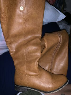 Brown tall boots size 7 women's for Sale in Tualatin, OR