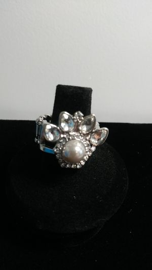 Crystal and pearl dog paw ring for Sale in Wichita, KS