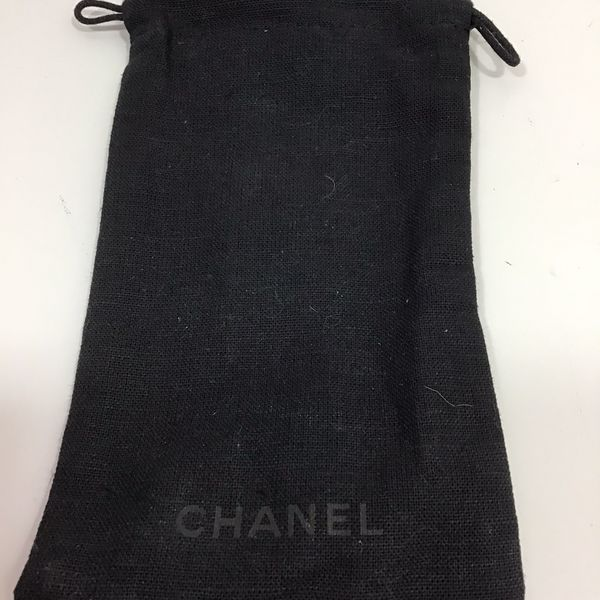 "Chanel jewelry bag 7"" x 5"" Black / used"