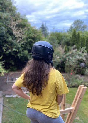 Snowboarding Helmet w/ HEADPHONES for Sale in Portland, OR