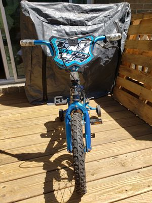 Kids Bike with Training Wheels for Sale in Londonderry, NH