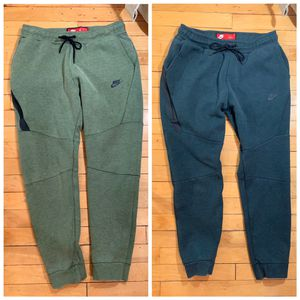 (2) MENS NIKE TECH FLEECE PANTS SWEATPANTS JOGGERS ARMY GREEN AND FOREST GREEN SIZE MEDIUM for Sale in Arlington, VA