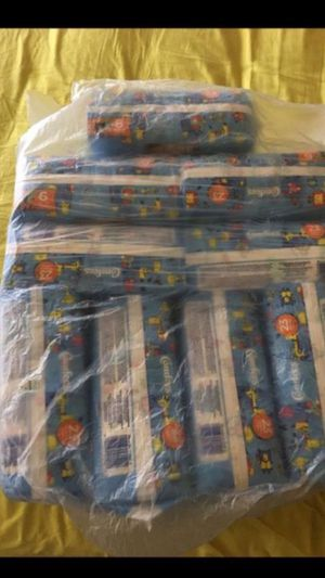 207 comfees pampers size 6 for $30 for Sale in Chicago, IL