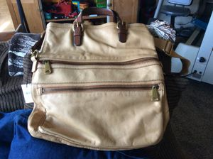 New all leather Fossil messenger bag/purse. Purchased & never used. for Sale in Kingsburg, CA