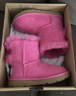 Brand new Ugg 8C toddler Bailey bow for Sale in Portland, OR
