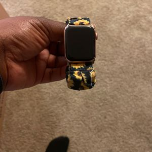 Apple Watch Series 5 for Sale in Portsmouth, VA