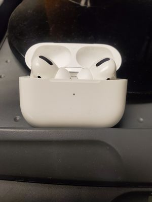 AirPods Pro (( price firm)) for Sale in Falls Church, VA