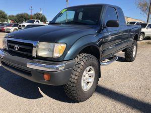 I 998 Toyota Tacoma Pre Runner SR5 for Sale in Houston, TX