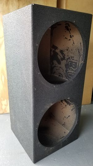 Pro box speaker box cajon de bocinas fits 2 15 subs for Sale in Houston, TX