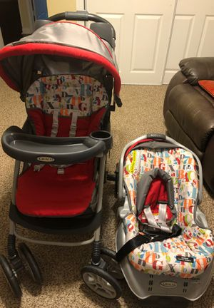 Graco Classic connect strap and go stroller and Baby Car Seat Set for Sale in Garland, TX