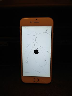 iPhone 6 ( wifi or parts) (I10 and Federal Rd) for Sale in Houston, TX