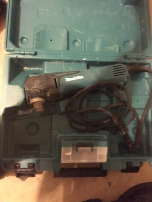 Makita multi tool kit for Sale in Fort Washington, MD