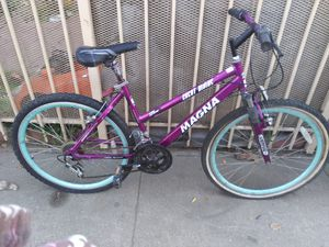 Magna mountain bike for Sale in Los Angeles, CA