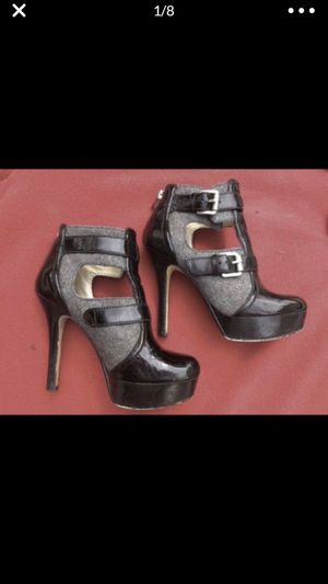 Michael kors mk stilleto black patent leather grey wool platform heels size 6 for Sale in Portland, OR