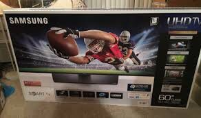 60 inch Smart Tv for Sale in Cuyahoga Falls, OH
