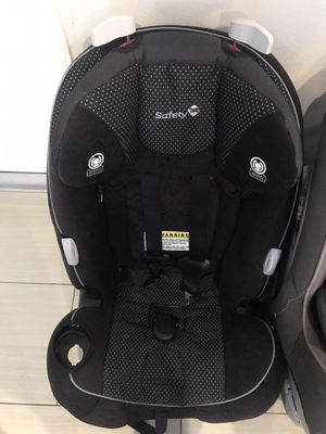 Safety first booster car seat for Sale in Ives Estates, FL