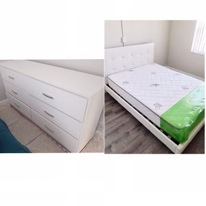 New queen bed frame And dresser Mattress is not included for Sale in Miami Gardens, FL