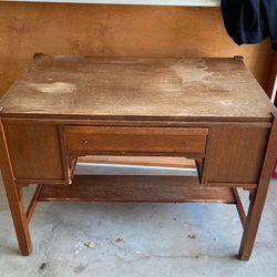 Stickley Antique Desk for Sale in Hidden Hills,  CA