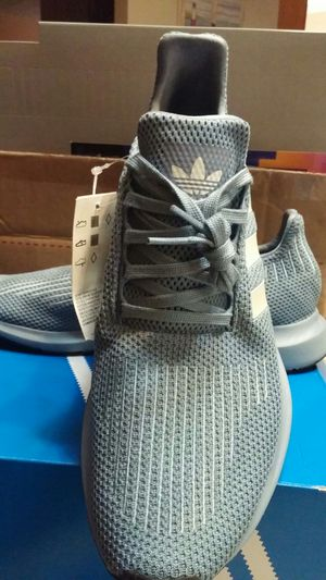 adidas size 12 Swift Run Original D96642 Gray for Sale in Cleveland, OH