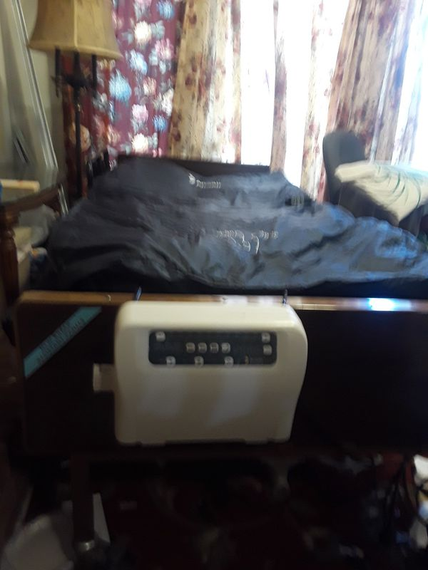 Hospital bed full size almost new it has air mattress and three control head,leg and back it was only about 3 months.