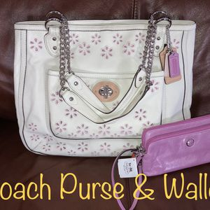 Coach purse & wallet NWT for Sale in Tampa, FL