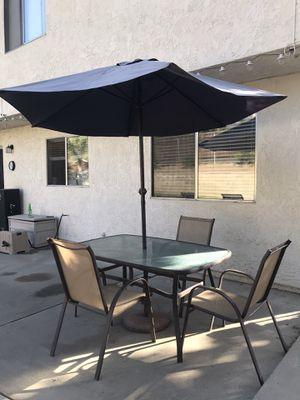 10 piece - Outdoor set for Sale in DEVORE HGHTS, CA