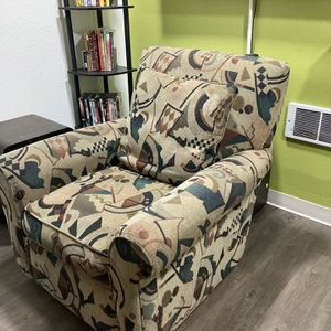 Colorful Sofa Chair , Clean, No Smoker Free for Sale in Seattle, WA