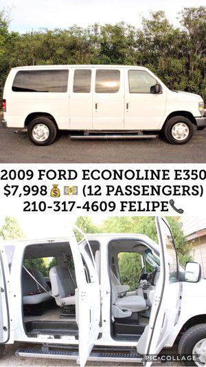 2009 FORD ECONOLINE E350 $7,998 CASH 143,953 MILES 12 PASSENGERS for Sale in San Antonio, TX