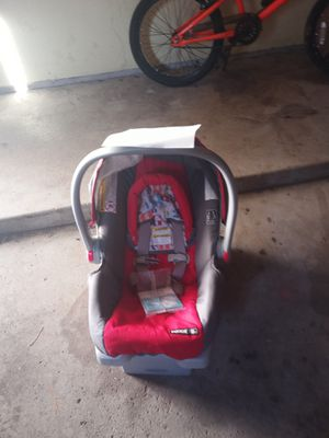 Baby carrier for Sale in Grand Rapids, MI
