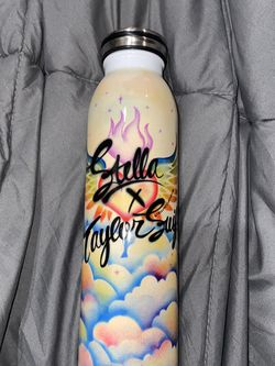 Stella x Taylor Swift Water bottle Rare One Of A Kind for Sale in Los Angeles,  CA