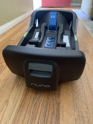 Nuna Pipa infant car seat base for Sale in Downey, CA