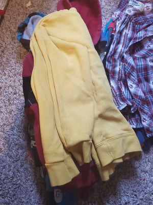 kid clothes/ Ropa de niños for Sale in Houston, TX