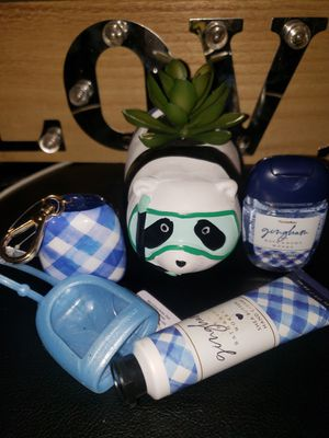 🐼BATH AND BODY WORKS OF 5️⃣‼️ BUNDLE VERY CUTE🐼 PANDA SUCCULENT PLANT👇 for Sale in Norwalk, CA