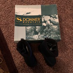 Kids Mountain Boots Size 7 For A Toddler for Sale in Denver,  CO