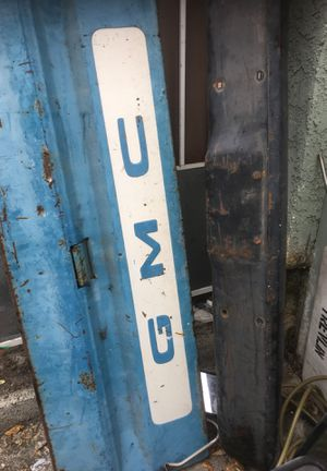 Truck parts off of 69 GMC pick up truck the bumper 175 original and the tailgate is 175 for Sale in Los Angeles, CA