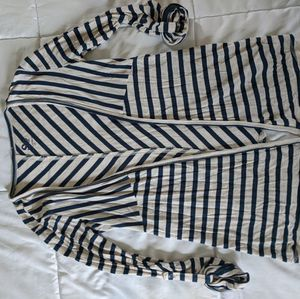 Beautiful top cardigan shirt stripes Size XS for Sale in Cherry Hill, NJ