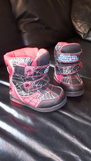 Spider-Man rain boots / snow boots size 5 toddler or infant in great condition made by marvel for Sale in Orange, CA