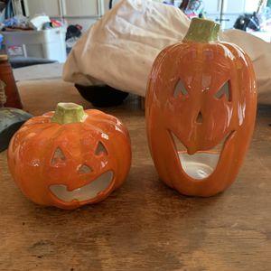 Halloween pumpkins for Sale in MERRIONETT PK, IL
