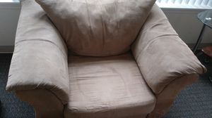 One person couch for Sale in Woodburn, OR