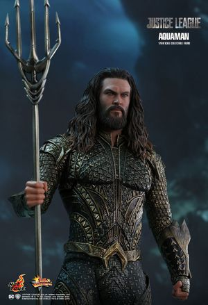 Hot Toys 1/6 DC Justice League Aquaman Figure for Sale in Chino Hills, CA